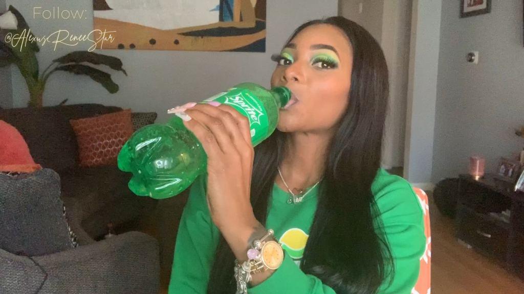 Alexus Renée's Sprite Inspired Yellow & Lime Green Eyeshadow Makeup Tutorial