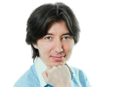 Профессор Руслан Саркеев — Основатель движения Альфа-Зет, руководитель Центра, доктор психологических наук
