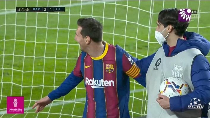 شاهد الهدف الثالث ( 3-1 ) لصالح برشلونة في شباك خيتافي