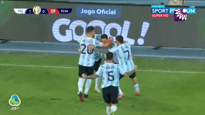 شاهد الهدف الاول (1 – 0) لصالح الأرجنتين في شباك تشيلي