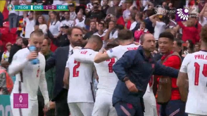 شاهد الهدف الاول (1-0 ) لصالح انجلترا في شباك المانيا
