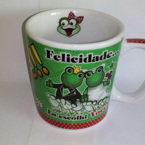 CANECA CHOCOLATE 300 ML - SAPO FELICIDADE