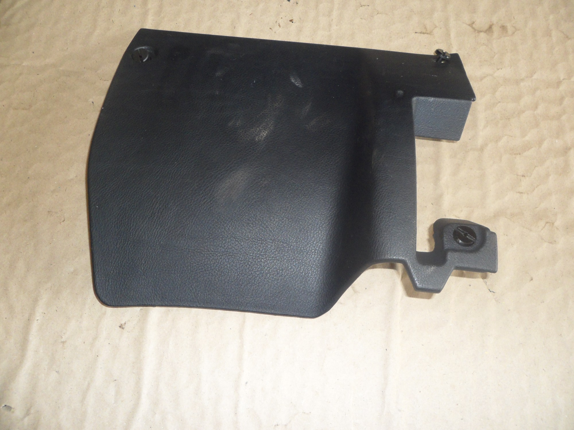hight resolution of alfa gtv spider fuse box cover in black 95 06