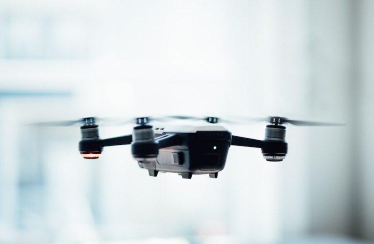 Kaikkien kamerallisten dronejen käyttäjien on tästä lähtien rekisteröidyttävä