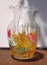 Seni Melukis di Atas KacaGelasbeling Glass Painting