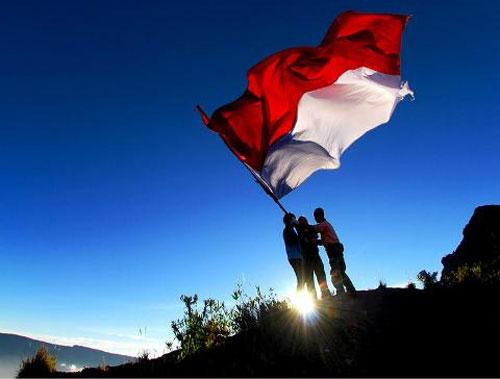 Hasil gambar untuk foto bendera indonesia