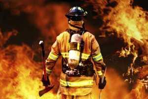Κανονισμός πυροπροστασίας κτιρίων και πόρτες πυρασφάλειας