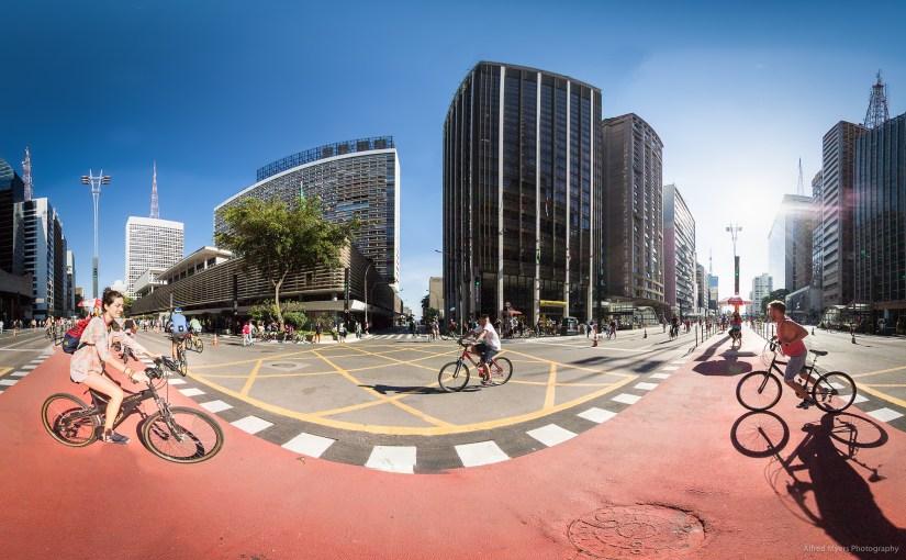 Esquina da Av. Paulista com a Rua Augusta
