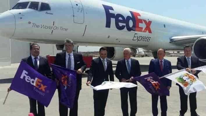 matrix carga aérea FEDEX avión