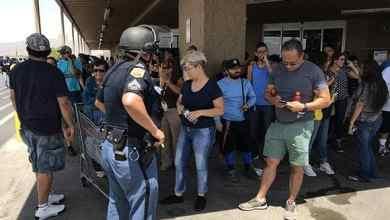 Photo of Aumentan las víctimas mexicanas por tiroteo en Walmart