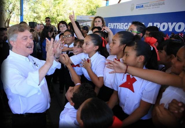 Photo of Realizan pagos de 'diferencial de retiro' a personal jubilado y maestros interinos