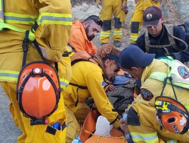 Bomberos Tijuana rescatan a migrante