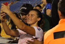 Photo of Aprovecha selfie con jugadora para acosarla sexualmente