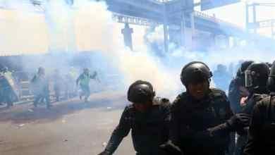 Photo of Pelea campal: policía vs policía