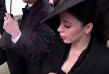 Photo of Así fue el debut de Emma Coronel en televisión