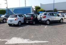 Photo of Alumnos arman trío en estacionamiento y provocan tremendo choque