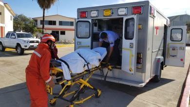 Photo of Marina realiza rescate de embarcación siniestrada con 13 tripulantes