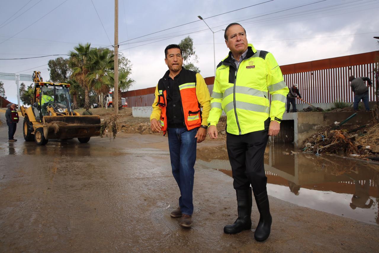 Presidente Municipal recorre zona afectada por la lluvia