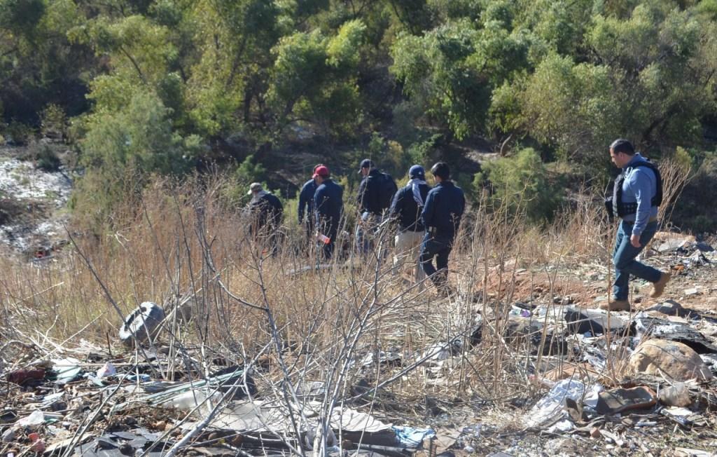 Continúa búsqueda de cuerpos en fosa clandestina de Tijuana