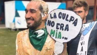 Photo of Le quitan el título a recién graduado por disfrazarse de víctima de feminicidio