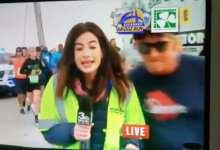 Photo of Acoso sexual a reportera de televisión en vivo se vuelve viral