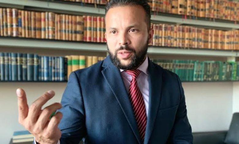 abogado penalista, Álvaro González