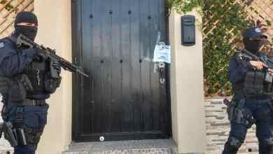 Photo of Drogas, armas y vehículos decomisados tras cateo en Tijuana