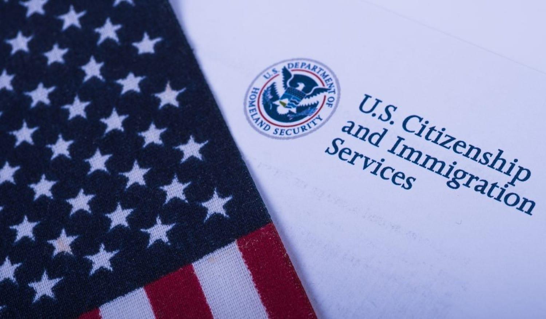 Servicio de Migración cierra oficinas al público en Estados Unidos
