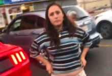 Photo of Mujer abandona a sus hijos, hombre la increpa y lo acusa de manosearla