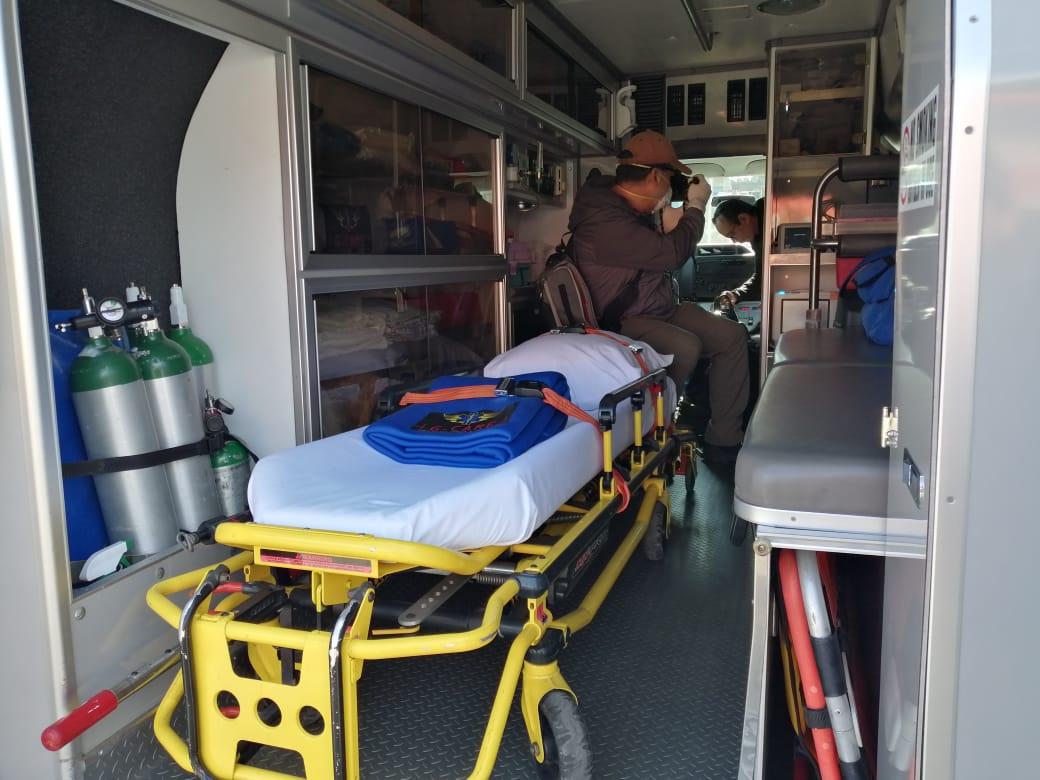 Ambulancias recorren la ciudad en una misión contra el coronavirus