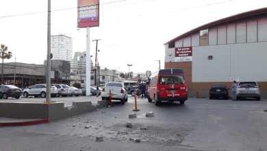 Photo of Asaltante deja caos en estacionamiento de tienda en Tijuana