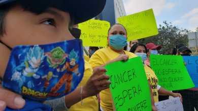 padres-de-ninos-con-cancer-se-manifiestan-por-falta-de-medicamentos