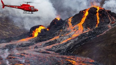 VIDEO-Captan-ríos-de-lava-por-erupción-de-volcán