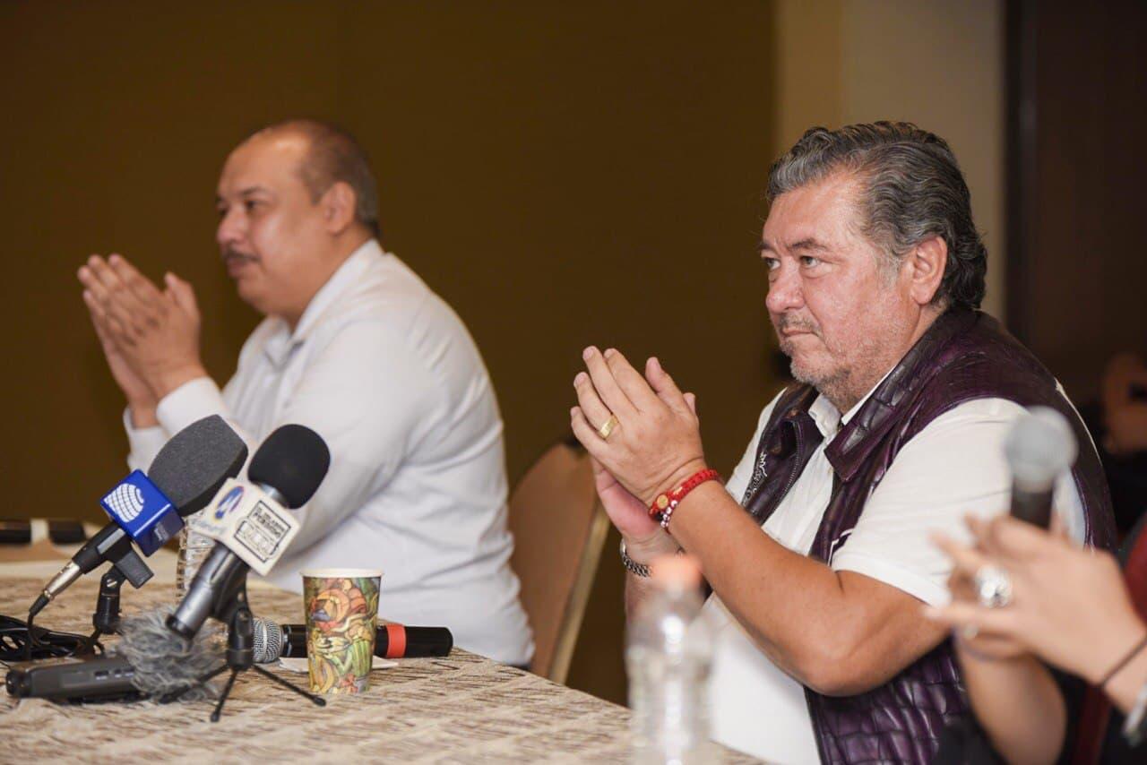 Jorge Hank presenta a falso dirigente de morena como parte de su equipo en el PES