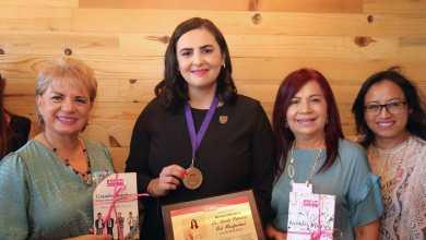 Reconoce-Alianza-por-Mujeres-a-Karla-Ruiz-como-mujer-de-éxito