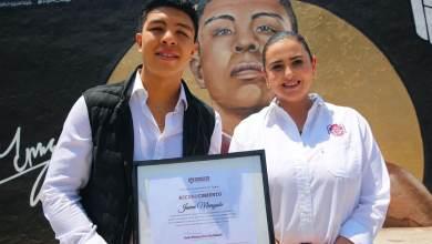 Karla-Ruiz-reconoce-campeon-mundial-boxeo-Jaime-Munguia