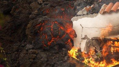 FOTOS-Lava-del-Volcan-La-Palma-sigue-destruyendo