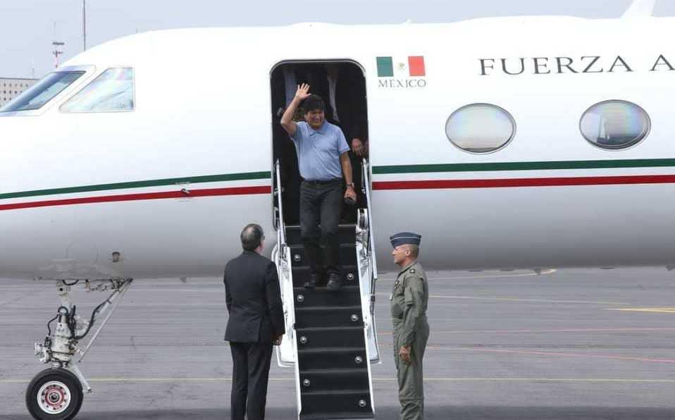 Avion-mexicano-que-rescato-Evo-Morales-fue-atacado-lanzacohetes