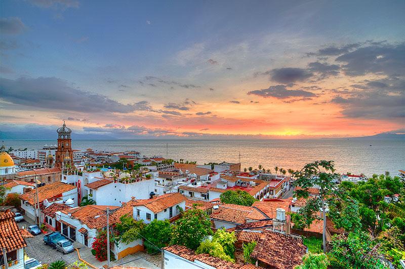 Puerto Vallarta: el territorio en juego.