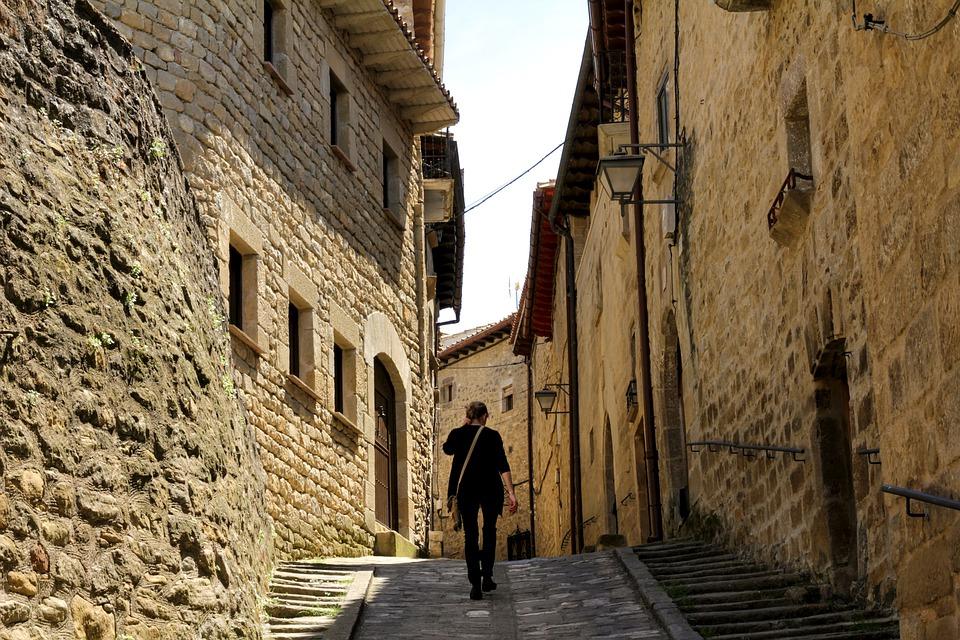 El turismo interior y la conciencia de los pueblos rurales