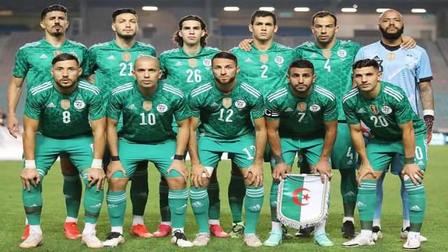 Algérie face à la Tunisie