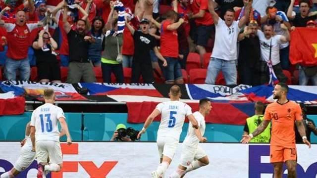 8e de finale EURO 2020 : Pays Bas – Tchéquie (0-2)
