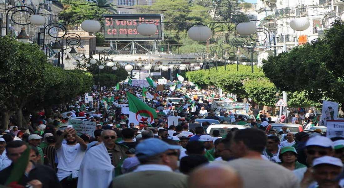 Les Algériens ont massivement boycotté dimanche le référendum sur la nouvelle constitution
