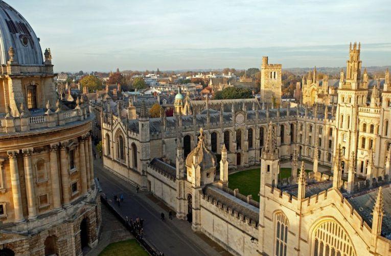 Le Laboratoire de L'université d'Oxford mène La course mondiale pour trouver un vaccin contre le coronavirus