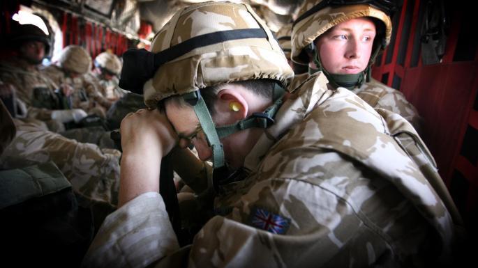Les troupes britanniques se retireront d'Afghanistan aux côtés de l'OTAN et des États-Unis
