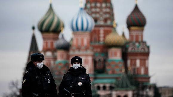 Russie- Les décès dus au COVID ont atteint un 4e record consécutif