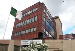 consulat-d-algerie-a-nanterre1