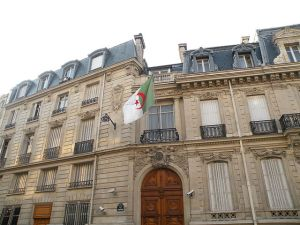 640px-Algerian_embassy_in_France