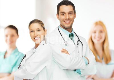 Young team or group of doctors 1 1046x675 1