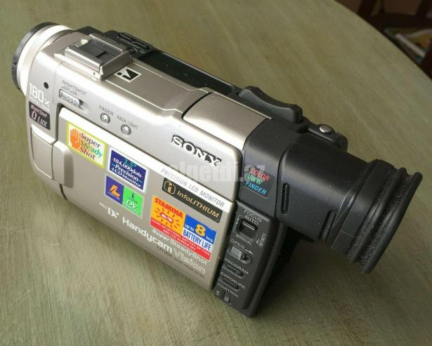 SONY-DCR-TRV9-Mini-DV-Handycam-Vision-Digital-Video-Camera-Camcorder
